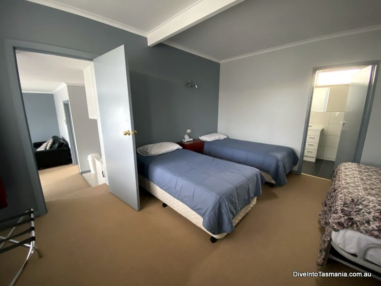 Mountain View Country Inn Deloraine two bedroom apartment first bedroom when entering