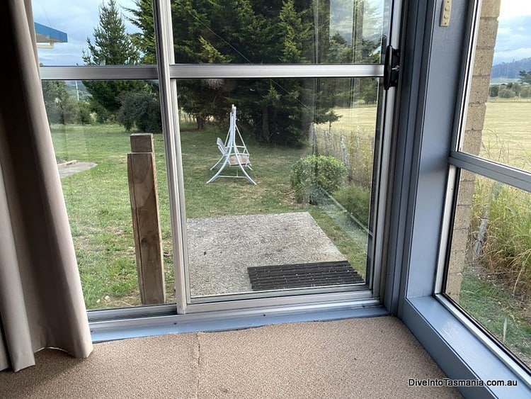 Mountain View Country Inn Deloraine two bedroom apartment bedroom view