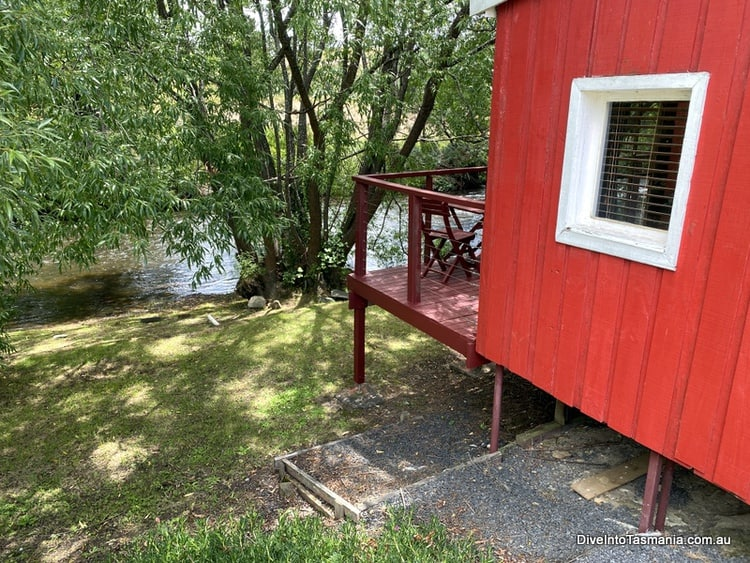 Platypus Playground Riverside Cottage Review: So Relaxing!