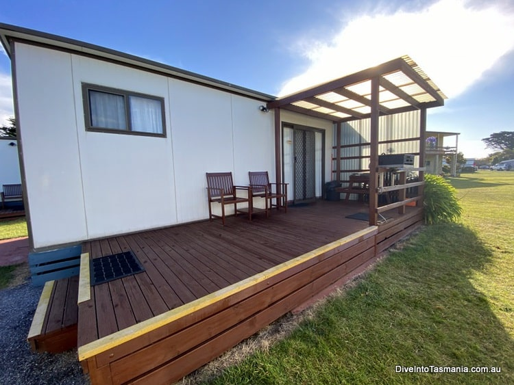 Big4 Kelso Sands Holiday Park Two-Bedroom Bungalow outside