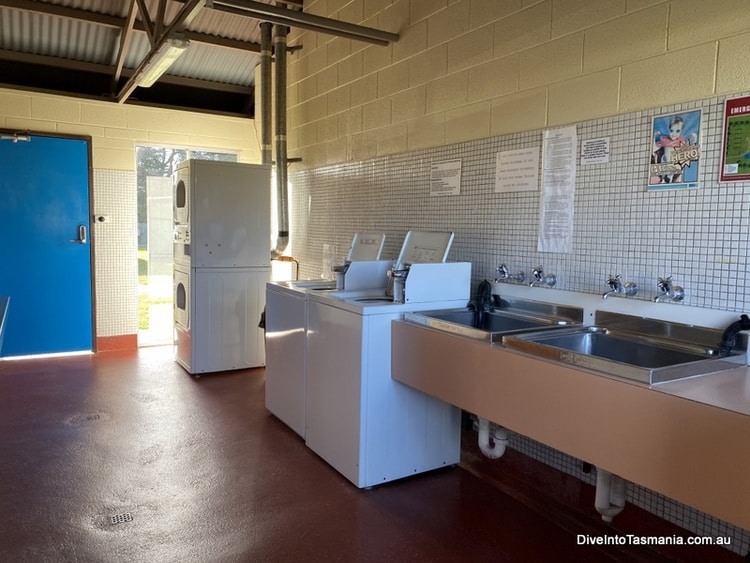 Big4 Kelso Sands Holiday Park laundry room